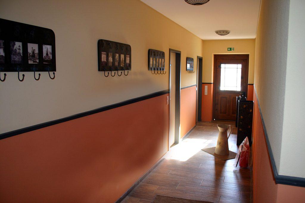 Robinienhof Idar-Oberstein - Eingangsbereich Innen